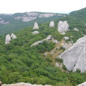 Звіт про пішохідний похід ІІ ступеню складності по печерним містам Криму,  4.04 - 12.04.2010.